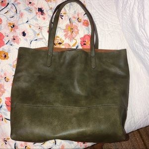 3/$19✨ Green Tote Bag